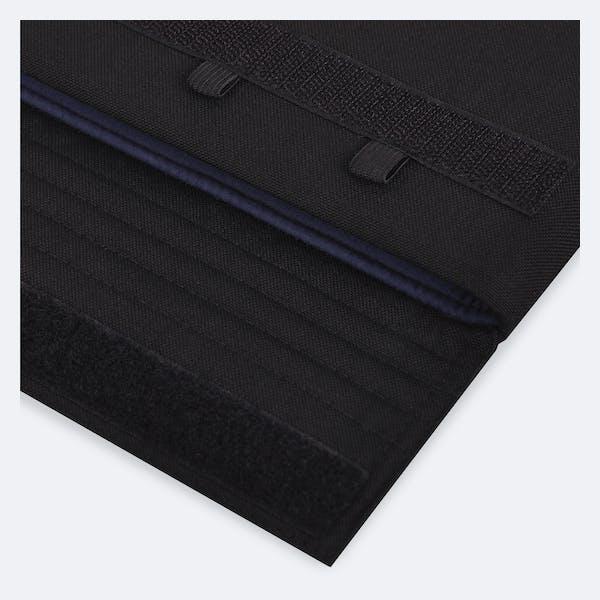 Bild 4 von Adore June Classic Hülle für Apple iPad Pro 12 9 in Farbe Schwarz