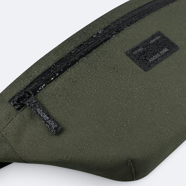 Bild 3 von Adore June Bent Hip-Bag in Farbe Oliv-Grün